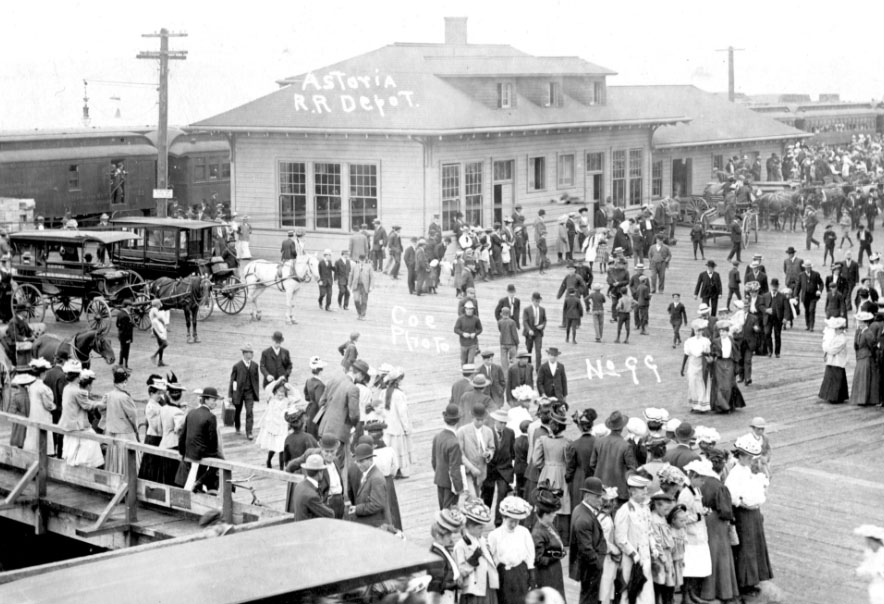 Astoria Railroad depot 1905-1920 (exact date unknown)